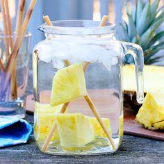 spa water, pineappl sugarcan, sugarcan water, drink, flavored waters, infused waters, spa party, spa night, water recipes