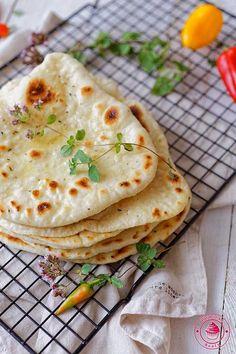 Naan, Pitta, Calzone, Tasty, Ethnic Recipes, Food, Gastronomia, Essen, Meals