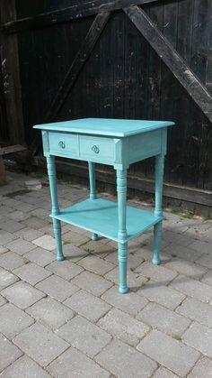Waterford+Spisebord+-+Smukt+rundt+spisebord+i+antik-stil+med+rustik+ ...