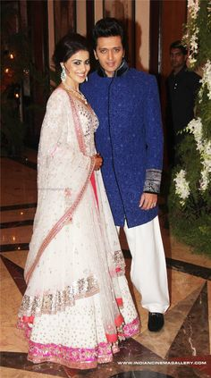 Riteish Genelia Wedding - love her dress
