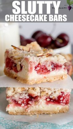 Cheesecake Bars Slutty Cheesecake Bars with Cherries and Cookie Streusel Crumble Topping - so good they get around! Slutty Cheesecake Bars with Cherries and Cookie Streusel Crumble Topping - so good they get around! Coconut Dessert, Oreo Dessert, Easy Dessert Bars, Simple Dessert, Pumpkin Dessert, Dessert Table, Köstliche Desserts, Holiday Desserts, Cheesecake Desserts