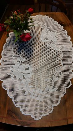 Crochet Doily Patterns, Crochet Art, Filet Crochet, Crochet Doilies, Crochet Table Runner, Crochet Tablecloth, Blend Tool, Table Runners, Projects To Try