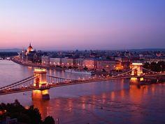 Passeios românticos em Budapeste | Hungria #Budapeste #Hungria #europa #viagem