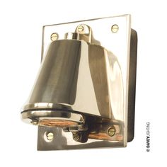 0750 Mast light with transformer box by Davey Lighting