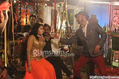 Chal Bhaag (2014)   Director (s)   Prakash Saini