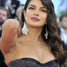 Most beautiful in the universe Priyanka Chopra Makeup, Pit Girls, Diamond Earrings, Drop Earrings, Indian Beauty, Most Beautiful, Actresses, Girl Face, Desi