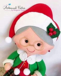 Christmas Projects, Felt Crafts, Diy And Crafts, Christmas Crafts, Crafts For Kids, Christmas Decorations, Christmas Ornaments, Holiday Decor, Christmas Knitting