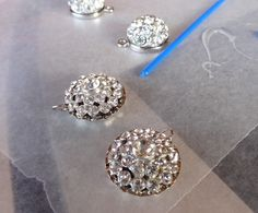 Twinkle and Twine: DIY Vintage Button Earrings