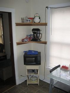 Corner shelves I think I could make by myself