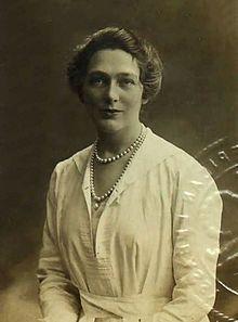 Linda Lee Thomas - Wikipedia, the free encyclopedia