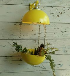 Check out this item in my Etsy shop https://www.etsy.com/listing/480389599/mod-yellow-grow-light-for-house-plants