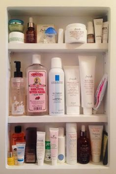 must-haves for every woman!Skin Care must-haves for every woman!Care must-haves for every woman!Skin Care must-haves for every woman! Oily Skin Care, Skin Care Regimen, Skin Care Tips, Dry Skin, Skin Tips, Smooth Skin, Organic Skin Care, Natural Skin Care, Skin Care Routine For 20s