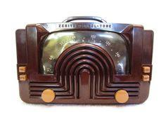 OLD ZENITH ART DECO BAKELITE CABINET MACHINE AGE MID CENTURY RADIO