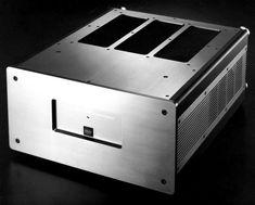 staxx DMA-X2 mono amplifier 600 watt 8 Ohms - 1000 watt 4 ohms
