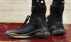 Stephen Curry Under Armour Curry 4 Black/Gold Finals PE Left