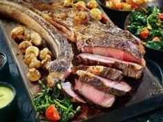 In Danimarca presto una tassa sulla carne-Il Consiglio danese sull'etica ha proposto di introdurre una tassa sulla carne per diminuirne il consumo e diminuire l'impatto sull'ambiente. Ora la proposta è al vaglio del governo.