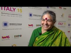 """The activist and environmentalist Indian fights to change agricultural and food policies. Vandana Shiva is one of the faces of Ambassador for Expo Milano 2015 and participates in the Women's Forum in Italy """"The other half of the Earth - Women's Weeks"""" at Expo Milano 2015. In this interview he explains why the contribution of women, their look is essential to protect the Earth and saving seeds."""