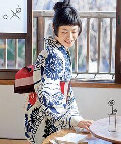 "Japanese traditional fashion ""Kimono""ゆかたコレクション(ひまわり)01"