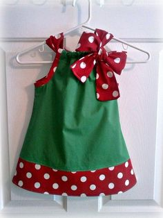 Daintee Christmas Girl Pillowcase Dress available on Etsy Sewing For Kids, Baby Sewing, Little Girl Dresses, Little Girls, Baby Girls, Sewing Crafts, Sewing Projects, Girls Christmas Dresses, Creation Couture