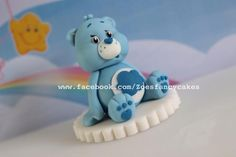 Carebear cake topper - Cake by Zoe's Fancy Cakes Love Cake Topper, Cake Topper Tutorial, Fondant Tutorial, Care Bear Cakes, Teddy Bear Cakes, Pain Surprise, Zoes Fancy Cakes, Cake Models, Biscuit
