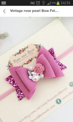 Hairstyles Vintage Diy 16 New Ideas – Diy Hairstyles Diy Baby Headbands, Felt Headband, Diy Hair Bows, Rose Headband, Vintage Hair Bows, Vintage Headbands, Vintage Diy, Felt Hair Clips, Bow Hair Clips