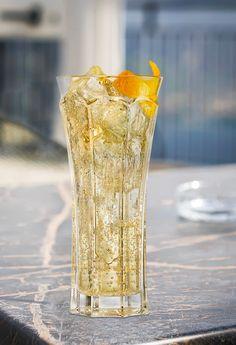 Cocktails, Cocktail Drinks, Alcoholic Drinks, Spritz Cocktail, St Germain Cocktail, Liqueur, Elderflower, Saint Germain, Christmas Recipes