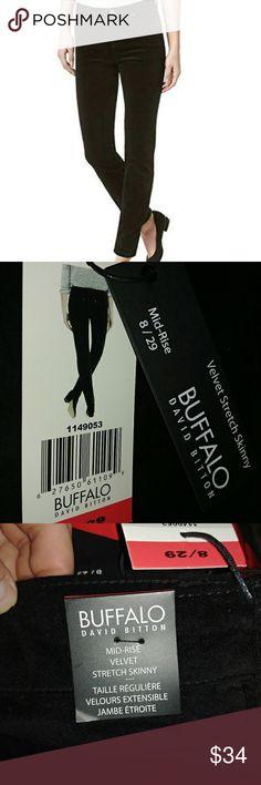 🚨CLEARANCE🚨 Velvet Skinny Pant Black velvet stretch skinny pants. Mid rise. Buffalo Pants