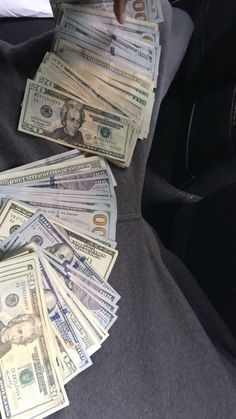 Ways To Earn Money, Earn Money Online, How To Get Money, Cash Money, Mo Money, Money On My Mind, Money Stacks, Rich Lifestyle, Manifesting Money