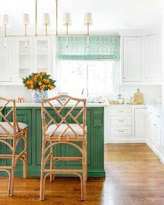 vibrant green kitchen island with white kitchen cabinets Green Kitchen Island, Kitchen Island Decor, Modern Kitchen Island, Farmhouse Kitchen Decor, Kitchen Colors, Kitchen Cabinets, Kitchen Islands, White Cabinets, Diy Kitchen