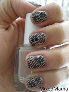 Lace Nails <3