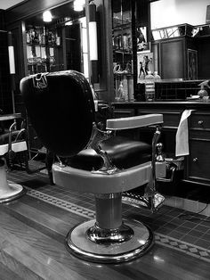 Chairs Ambitious Antique Italian Barbers Chair
