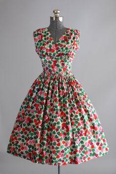 Vintage 1950s Dress / 50s Cotton Dress / por TuesdayRoseVintage