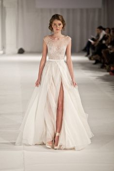 Paolo Sebastian, colección 2013. | 30 Vestidos de novia que te darán ganas de casarte inmediatamente