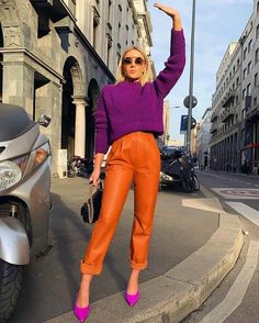 The Best Street Style at New York Fashion Week Spring 2020 Orange Outfits, Colourful Outfits, Colorful Fashion, Orange Pants Outfit, Orange Clothes, Orange Dress, Simple Outfits, Trendy Outfits, Color Blocking Outfits
