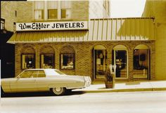 Mt Healthy Jewelry Store forever Cincinnati, Jewelry Stores, Ohio, Memories, Mansions, House Styles, Healthy, Home Decor, Memoirs