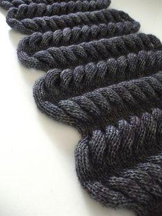 moko-moko cowl via seahorse knits, pattern by Olga Buraya-Kefelian.