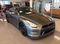 2016 Nissan GT-R on CarLister.co