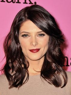 Ashley Greene: Love the color and style