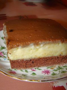 Cristina's world: Prajitura Krem a la krem - dukan style numai cu amidon Sweet Recipes, Healthy Recipes, Dukan Diet, Sugar Free Desserts, Homemade Cakes, I Foods, Food And Drink, Yummy Food, Sweets