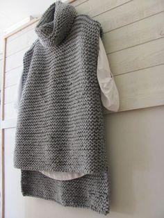 Ideas For Crochet Sweater Simple Garter Stitch Crochet Cardigan Pattern, Vest Pattern, Knitted Poncho, Knitted Hats, Poncho Sweater, Easy Knitting, Knitting Sweaters, Garter Stitch, Baby Knitting Patterns