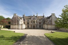 Alderley House is an outstanding Grade II listed property that presents itself as the perfect country house within the small village of Alderley, on the southern edge of the Cotswolds