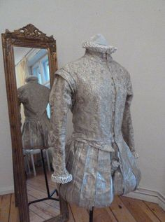 Elizabethan Mens Doublet Renaissance <b>doublet</b> costume 1570  1550-1599 <b>elizabethan</b> <b></b>