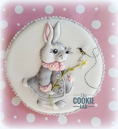 The Cookie Lab by Marta Torres Coloured Royal icing Decorated Cookie - Not Painted #bunny #bunnies #cookies #sugardecoratedcookies #royal icing #royalicingart  #royalicingartist #martatorres #martatorrescookies #thecookielab #edibleart (Michelle Palmer fabric inspired)