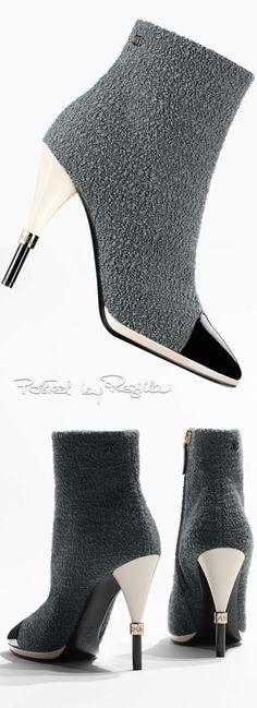 Regilla ⚜ Chanel                                                       …
