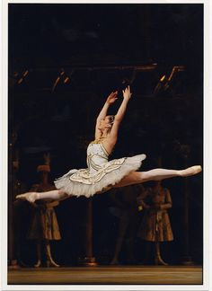 Marianela Nunez in Marius Petipa's Raymonda Act III. The Royal Ballet 2002/2003. www.rohcollections.org.uk/work.aspx?work=780=3  Photo by Bill Cooper
