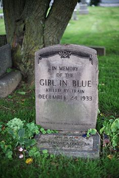 a girl dressed all in blue came to Willoughby, Ohio on a Greyhound bus then was killed by a train. Fotografia Post Mortem, Recoleta Cemetery, Old Cemeteries, Graveyards, Funeral, Cemetery Art, Cemetery Statues, Mystery Of History, After Life