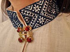 Embroidered collar of Latvian folk costume Folk Embroidery, Embroidery Patterns, Folk Clothing, Tablet Weaving, Folk Costume, Cutwork, Traditional Dresses, Couture, Band