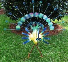 DIY Yard Art Ideas | Ideas and DIY / Peacock, yard art, garden decor, birds, metal yard art ...