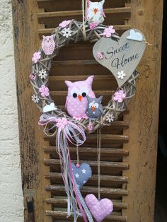 Door wreath owls spring easter door sign pink gray from my pink red on mugs - Bastelideen - Owl Wreaths, Easter Wreaths, Christmas Wreaths, Fabric Wreath, Diy Wreath, Burlap Wreath, Diy Décoration, Handmade Decorations, How To Make Wreaths