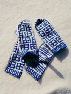 Finnland my our design Gloves, Winter, Handmade, Design, Fashion, Finland, Winter Season, Hand Made, Fashion Styles